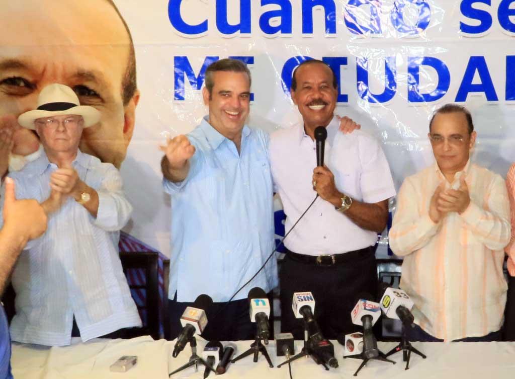 PRM proclama a José Montás candidato alcalde San Cristóbal