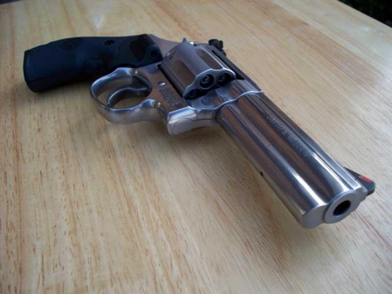 Matan anciano a tiros en Hatillo Palma
