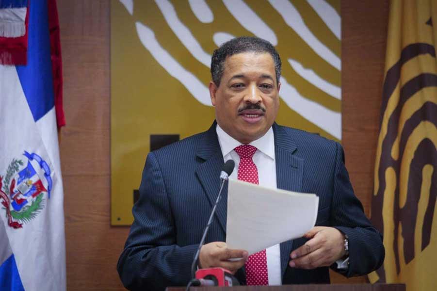 JCE suspende el fondo social de senadores y diputados