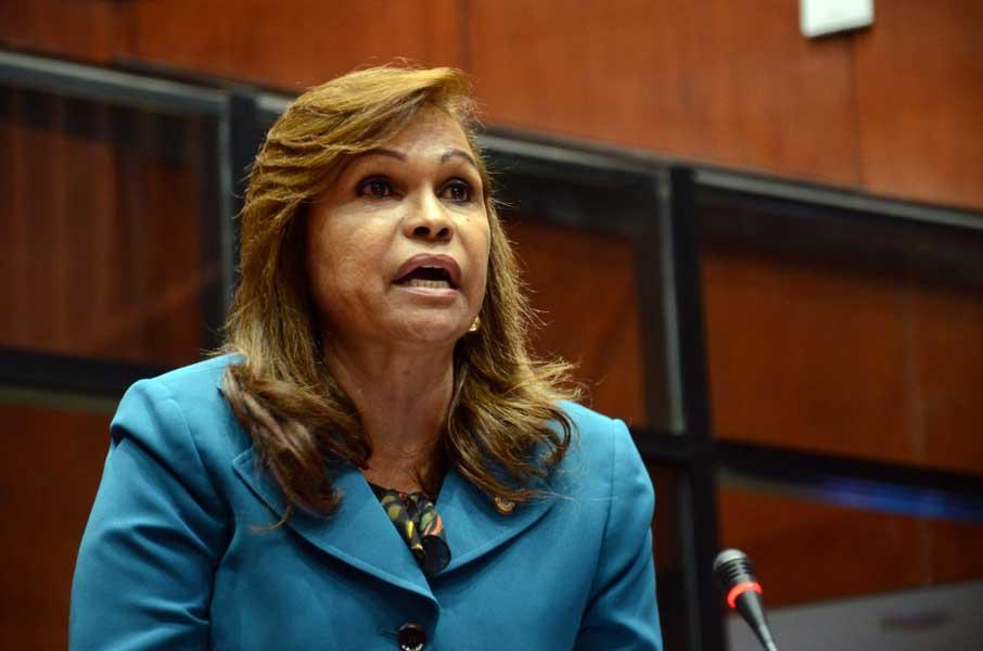 Senadora Sonia Mateo niega renunciara candidatura