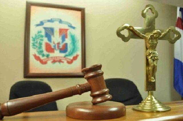 Someten a la justicia acusado asalto La Sirena Villa Mella