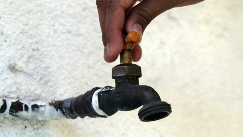 Déficit de agua ronda 34 millones galones diarios en Santiago
