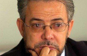 El candidato presidencial de Alianza País, Guillermo Moreno, invitó al liderazgo político nacional a suscribir un acuerdo contra la violencia en la campaña electoral