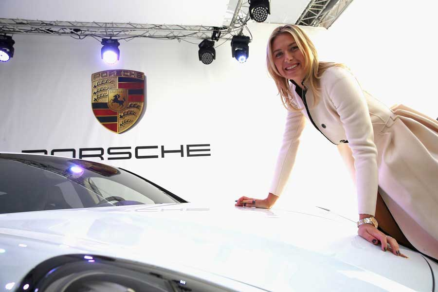 Porsche suspende sus eventos con María Sharápova