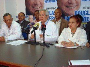 Medicos venezolanos protestan por medicamentos