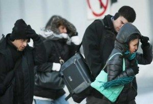 Dominicanos NY vuelven a sacar abrigos por frio