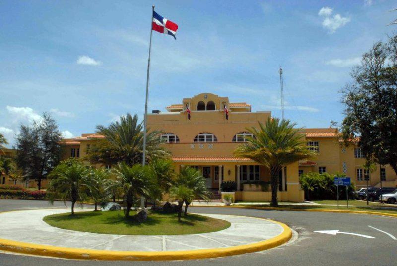 Cancillería confirma dominicano entre víctimas terremoto Ecuador