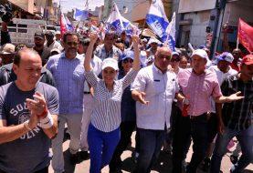 Carolina Mejía rechaza impedimento difundir mensaje