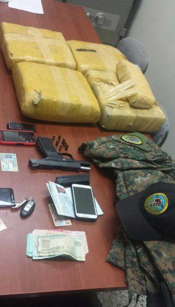 Dican arresta oficial ejército y tres civiles con drogas