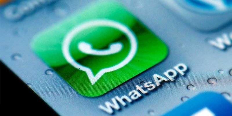 Vinculados a estafas por WhatsApp son arrestados