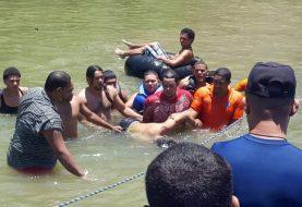 Rescatan cuerpos padre y dos hijos ahogados