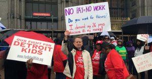 Detroit cierra escuelas por huelga maestros