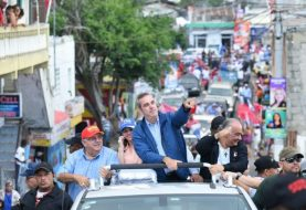 Abinader dice democracia necesita unas horas más para conteo
