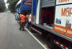 Obras Públicas refuerza servicio vial en carreteras