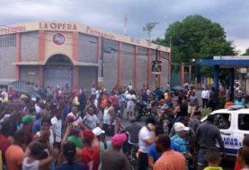 Bonao: Tirotean comando campaña senador Félix Nova
