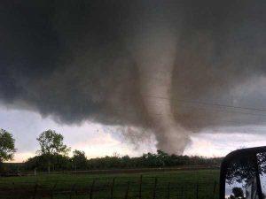 Violentos tornados en Oklahoma