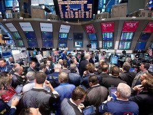 Wall Street abre con fuerte baja tras referéndum británico