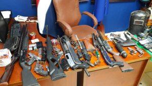 Incautan armas de fuego ilegales en Valverde