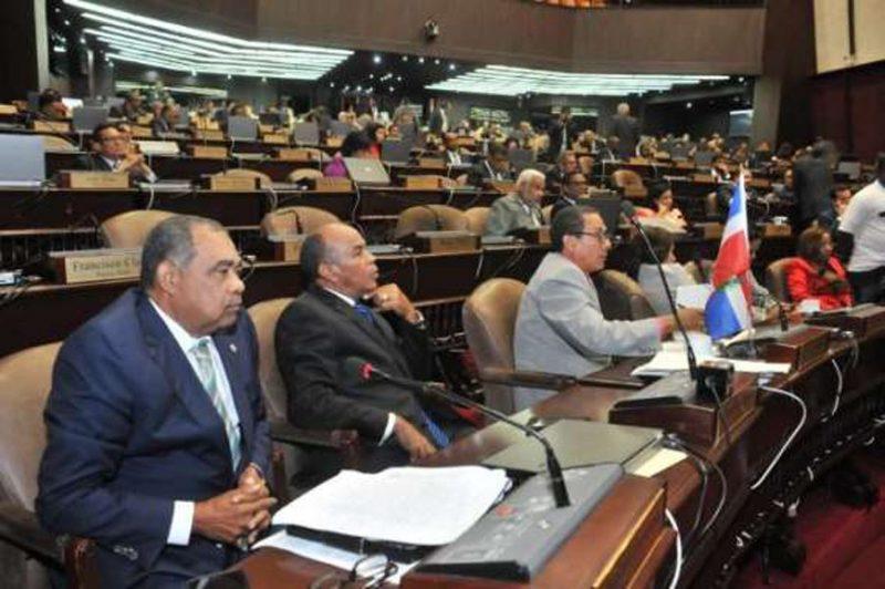 Diputados aprueban ley armas