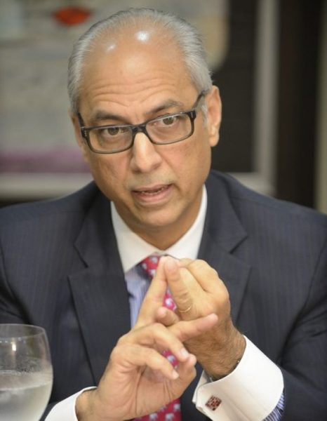 Flavio Darío Espinal valora transparencia JCE
