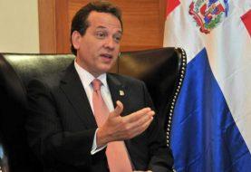 Ito Bisonó deplora falta de política migratoria
