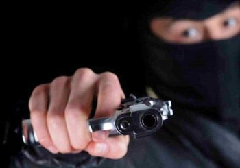 Atracador mata compañero en frustrado atraco