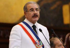 Danilo Medina dice fomentará transparencia y lucha corrupción