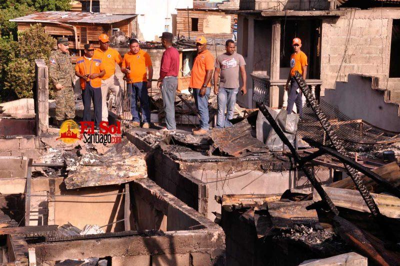 Indagan circunstancias fuego arrasó 60 casas en El Ejido