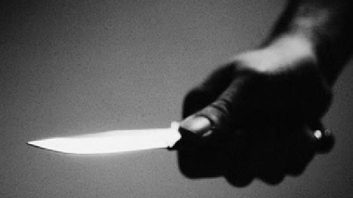 Hombre mata a otro a cuchilladas en Santiago