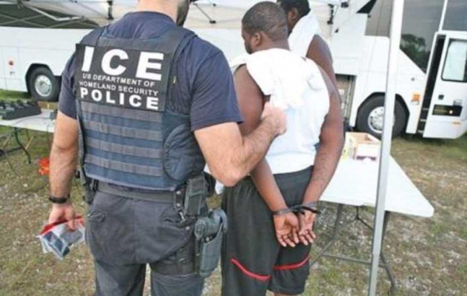 Dominicanos Nueva York se preparan para recibir familiares deportados