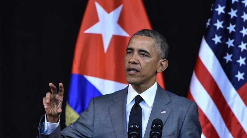 """Obama deroga ley """"Pies Secos, Pies Mojados"""""""