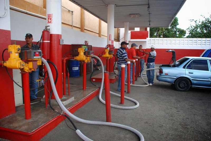 Vuelve a subir GLP pero bajan otros combustibles