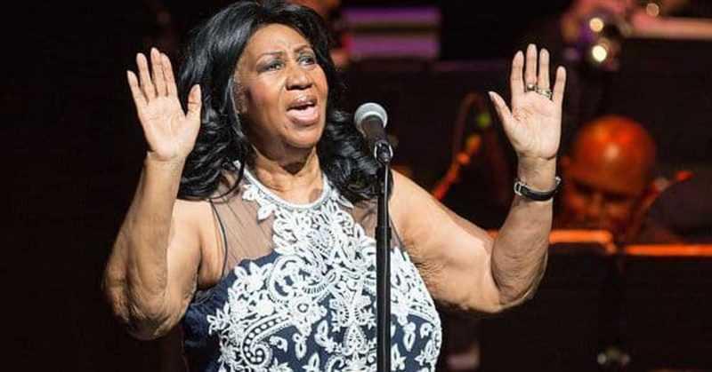 Aretha Franklin  muere a los 76 años