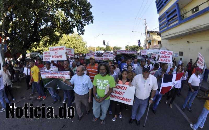Padre Nino Ramos reclama construcción carretera Jacagua-Palo Alto