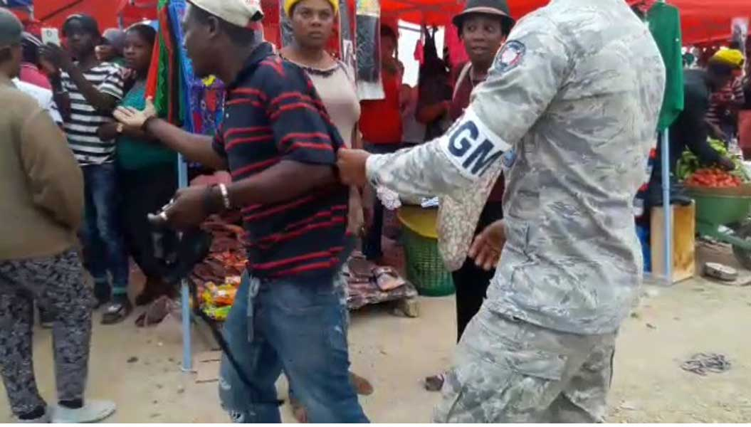 Migración apresa haitianos indocumentados