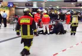 Hombre con un hacha ataca a varias personas estación trenes Dusseldorf