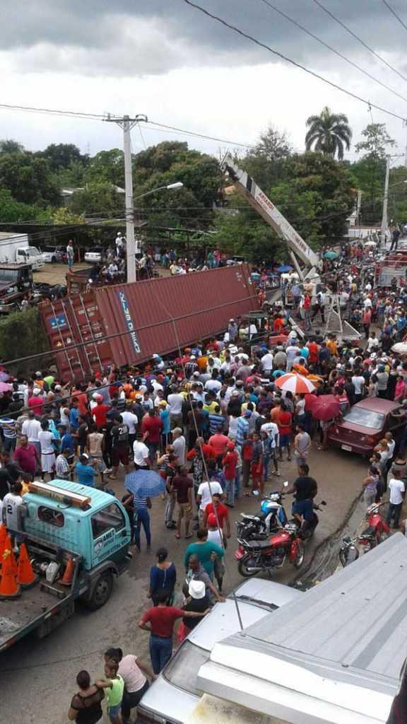 Video: Un muerto y dos heridos accidente con furgón en Cienfuegos