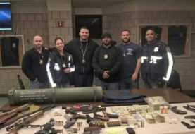 Ocupan a dominicano y alemán en Harlem arsenal con estuche de bazooka, drogas y dinero