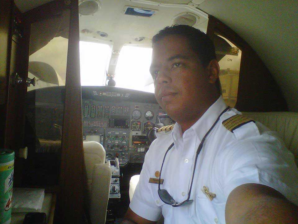 Muere piloto José Ernesto Rosario Alvarez al caer avioneta en Villa Tapia