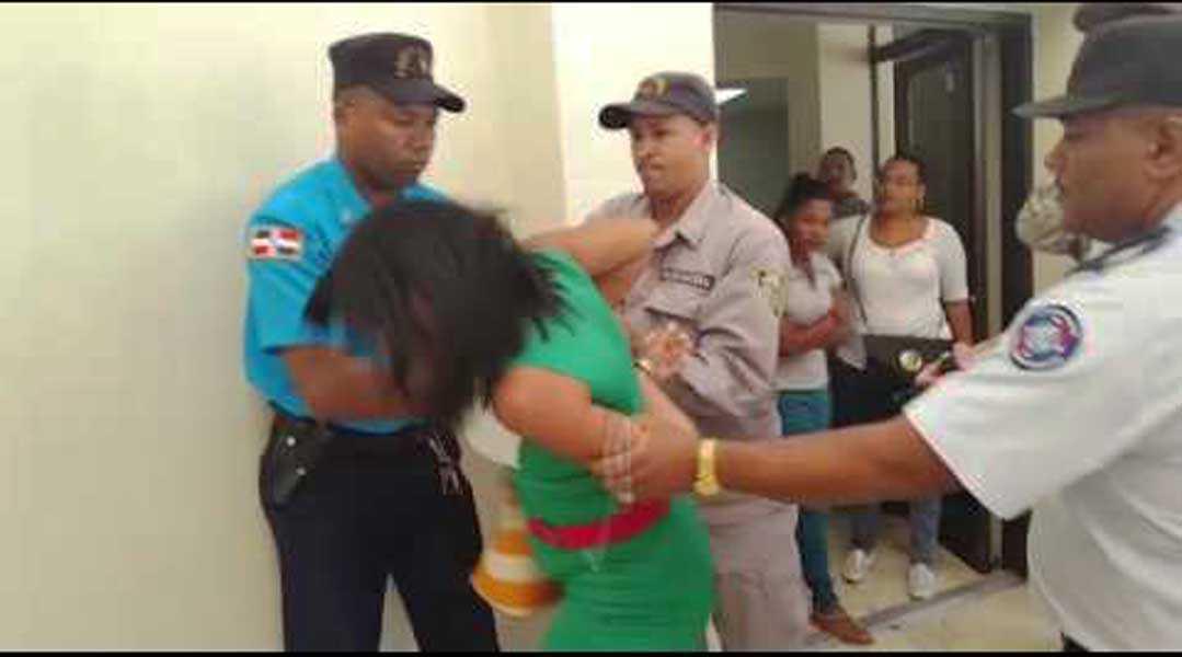 Puerto Plata: Someten a la justicia policía agredió mujer embarazada