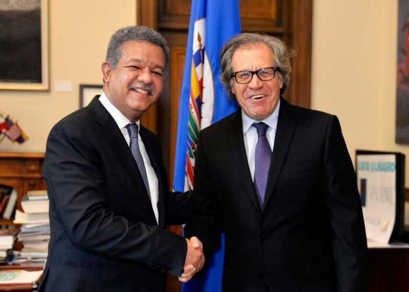 Secretario de la OEA, Luis Almagro y Leonel Fernández