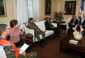 Lluvias |  El presidente Medina se reúne con miembros del COE