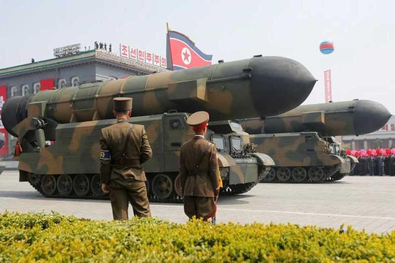 Corea del Norte lanza misil pero la prueba falla