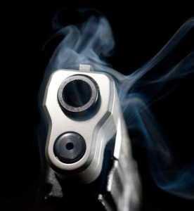 Desconocidos matan hombre desde vehículo en marcha en Cienfuegos
