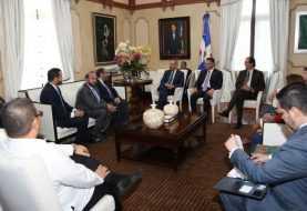 Danilo Medina recibe a miembros de la FEDEPRICAP; promueven integración comercio regional