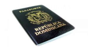 Abogados exhortan a inmigrantes sacar pasaportes de sus países