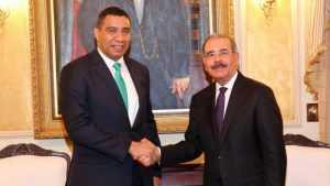 Danilo Medina y primer ministro de Jamaica, sostienen reunión bilateral