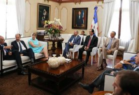 Medina ofrece almuerzo a delegación de embajadores Unión Europea