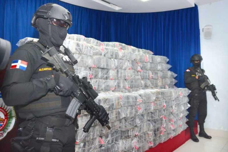 Oficial del Ejército involucrado en alijo de cocaína