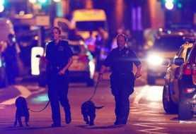 Un muerto en atropello contra fieles que salían de mezquita de Londres